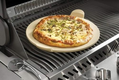 Napoleon PRO pizzasteen met pizzasnijder-2