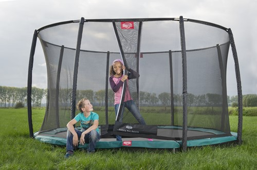 BERG Champion + Safety Net Deluxe with boy and girl