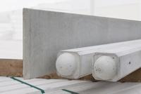 Kühlkamp beton tussenpaal/eindpaal met bolkop voor hout/betonschutting 10x10, lengte 275 cm, glad wit