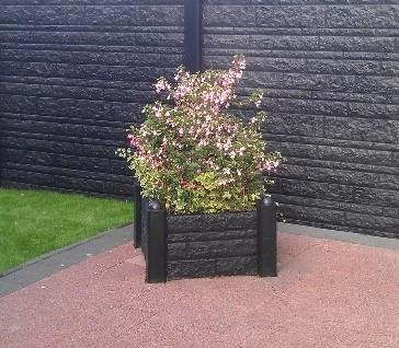 beton tussenpaal/eindpaal bolkop voor bloembak 10x10x100, glad wit