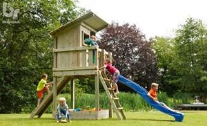 Schommels, torens en speelhuizen