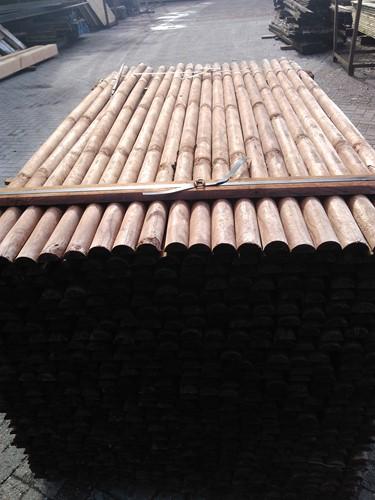 cilindrisch grenen palen Ø 6 - 120, bruin geïmpregneerd, ongepunt