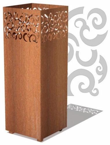 Burni vuurzuil Tyr, afm.  40 x 40 x 100 cm, 3 mm cortenstaal