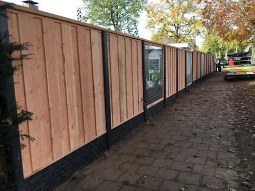 hout/betonschutting 12x12, douglas dichtscherm, douglas deksloof, wit beton, per 0,96 m-2