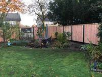 hout/betonschutting 12x12, douglas dichtscherm, douglas deksloof, 2 betonplaten, antraciet beton, per 0,96 m-3