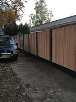 hout/betonschutting 12x12, douglas dichtscherm, douglas deksloof, antraciet beton, per 0,96 m-3