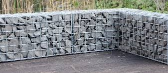 Muurkorf, afm. 180 x 60 x 12 cm, verzinkt staal,  maas 3 x 3 cm-2