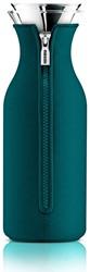 Eva Solo Fridge karaf, inhoud 1,0 liter, glas met harborblauwe hoes