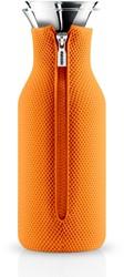Eva Solo Fridge karaf, inhoud 1,0 liter, glas met oranje hoes in 3D