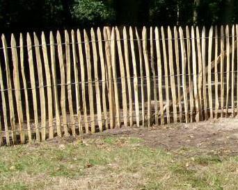 Frans kastanje hekwerk, hoogte  80 cm, rol 10 m, latafstand 8-10 cm