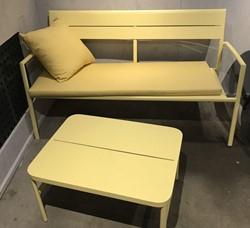 Grace coffee table 67x50x36 yellow