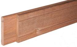 hardhouten balk, geschaafd, afm.  4,6 x  7,0 cm, berekeningsmaat* lengte 370 cm