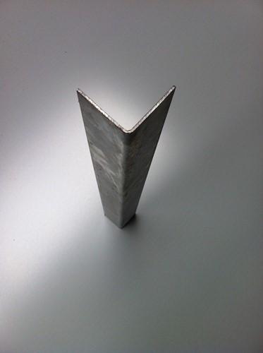 Muur/Hoekstaal, afm. 5,0 x 5,0 x 0,2 cm, lengte 200 cm