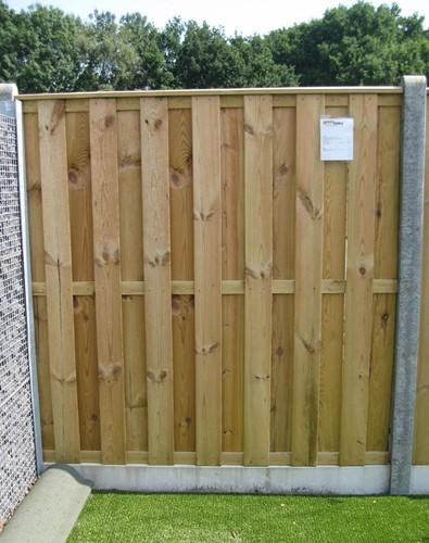hout/betonschutting 10x10, 15 planks tuinscherm, antraciet stampbeton, per 0,95 m-1