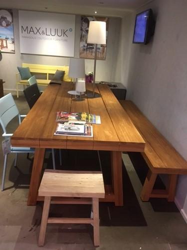 Max& Luuk Thomas table 240 cm en 6 Grace stoelen