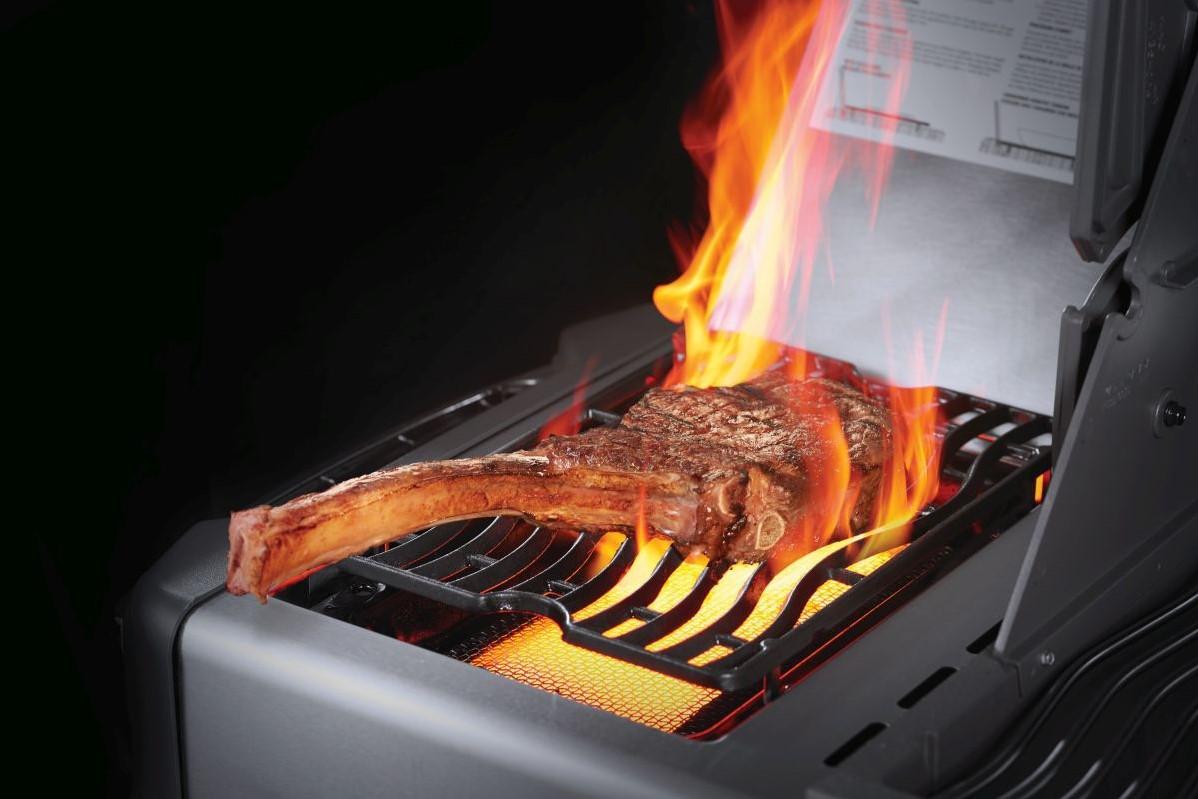 Napoleon Prestige 665 gasbarbecue inclusief draaispit