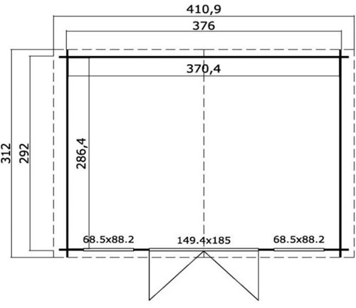 Blokhut Staring, buitenmaat 396 x 312 cm, funderingsmaat 376 x 292 cm, zadeldak, houtdikte 28 mm, blank vuren