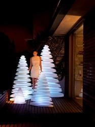 Chrismy kerstboom, afm.  38 x 26 cm, hoogte 50 cm, light, showmodel