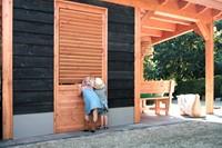 Wand B met enkele deur, enkelzijdig Zweeds rabat, afm. 228 x 234 cm, ZWART douglas hout